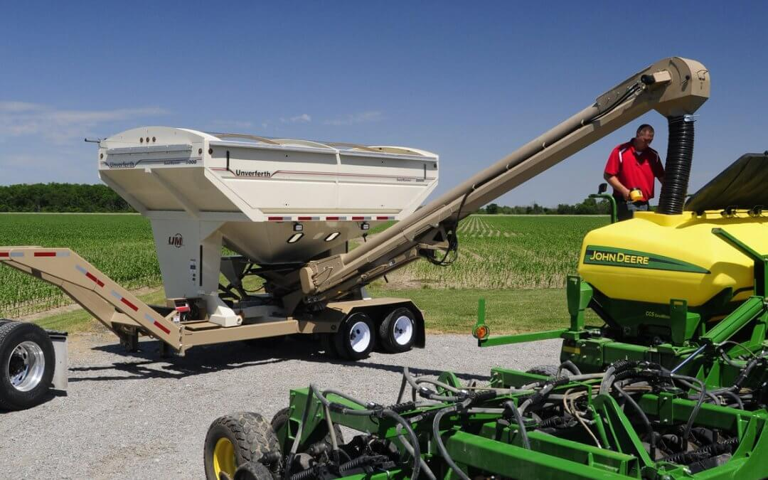 Handling Header Trailer & Seed Tender Sales in Nebraska